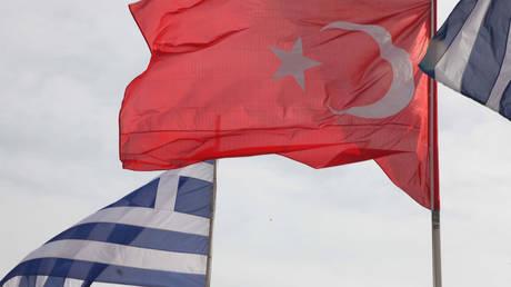 Αγωνία για τους δύο Έλληνες στρατιωτικούς – Επιμένουν στα περί κατασκοπείας τουρκικά ΜΜΕ