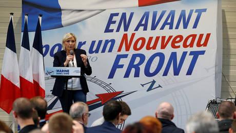 Γαλλία: Οι ψηφοφόροι του Εθνικού Μετώπου εγκρίνουν την αλλαγή ονόματος