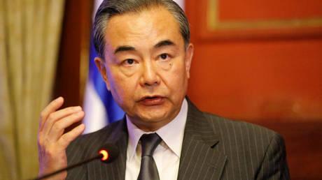 Η Κίνα προτρέπει τις ΗΠΑ και τη Βόρεια Κορέα να προχωρήσουν σε διάλογο το συντομότερο δυνατό
