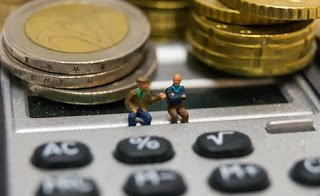Παράτυπες κρατήσεις σε 370.000 συνταξιούχους