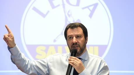 Σαλβίνι: Είναι ανέφικτη μια ξαφνική και μοναχική έξοδος της Ιταλίας από το Ευρώ