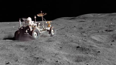 Σελήνη, η μεγαλύτερη «χωματερή» του διαστήματος
