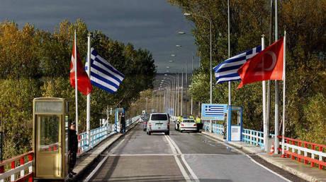 Τι πραγματικά συμβαίνει με τους δύο Έλληνες στρατιωτικούς