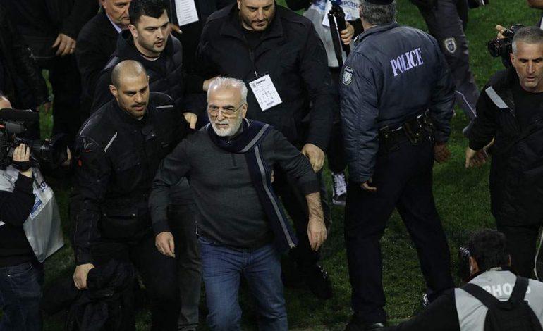 Η απόλυτη παρακμή στο ποδόσφαιρο – Ερωτήματα για τη μη σύλληψη Σαββίδη