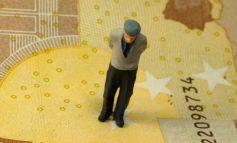 Μειώσεις-σοκ 60% σε συνταξιούχους που εργάζονται