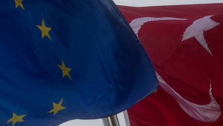 «Όχι» ΕΕ στο άνοιγμα νέου κεφαλαίου στις ενταξιακές διαπραγματεύσεις με την Τουρκία