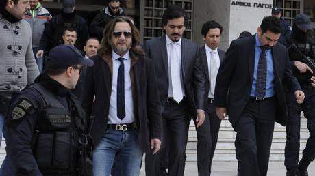 «Βράζει» ο τουρκικός Τύπος για την απόφαση για τον Τούρκο αξιωματικό
