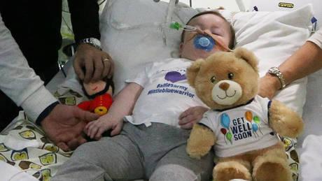 Έχασε τη μάχη με τη ζωή ο μικρός Άλφι Έβανς