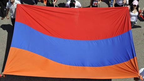 Αρμενία: Ο ηγέτης της αντιπολίτευσης «έτοιμος» να αναλάβει την πρωθυπουργία