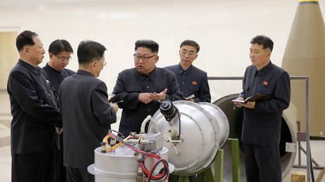 Βόρεια Κορέα: Ο Κιμ Γιονγκ Ουν δήλωσε ότι θα καταστρέψει τον χώρο πυρηνικών δοκιμών τον Μάιο