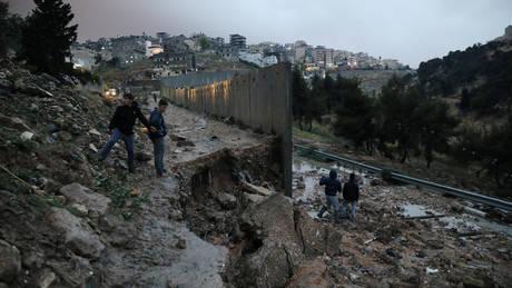 Εννέα Ισραηλινοί σκοτώθηκαν σε πλημμύρα νότια της Νεκράς Θάλασσας