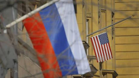 Η Ουάσιγκτον εξετάζει πρόσθετες κυρώσεις σε βάρος της Ρωσίας