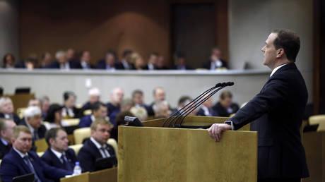 Η Ρωσία μελετά κυρώσεις κατά των ΗΠΑ