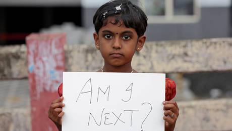 Ινδία: Λαϊκή οργή για τον βιασμό και τον φόνο ενός 11χρονου κοριτσιού