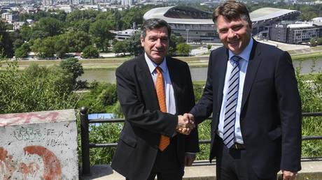 Καμίνης-Σιλέγκοφ υπέγραψαν σύμφωνο συνεργασίας μεταξύ Αθήνας και Σκοπίων (pics)