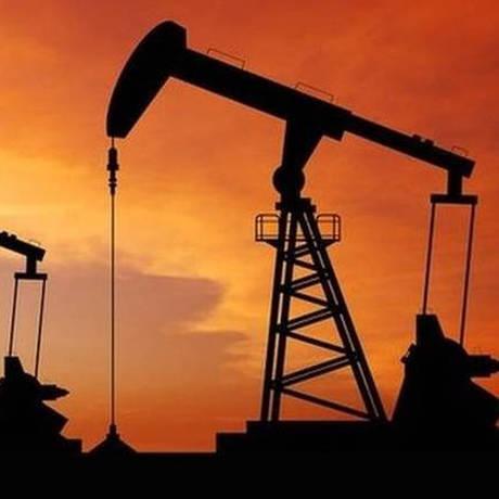 Λιβύη: Μεγάλη πυρκαγιά σε τμήμα πετρελαιαγωγού πιθανότατα από δολιοφθορά