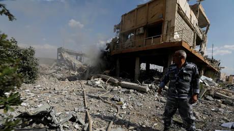 Οι πρώτες εικόνες μετά τους βομβαρδισμούς στη Συρία