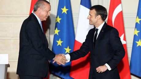 Ο Μακρόν ευχαρίστησε τον Ερντογάν για την στήριξή του