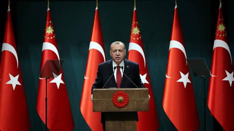 Πώς ο Ερντογάν θα γίνει ο απόλυτος Σουλτάνος μετά τις εκλογές