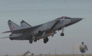 Ρωσικό τζετ πέταξε πάνω από γαλλικό πολεμικό πλοίο στη Μεσόγειο
