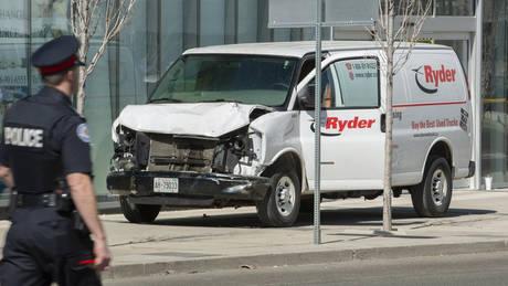 Φορτηγάκι σκόρπισε τον θάνατο στο Τορόντο