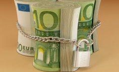 """Κατασχέσεις: Τι έρχεται για """"παγωμένους"""" τραπεζικούς λογαριασμούς"""