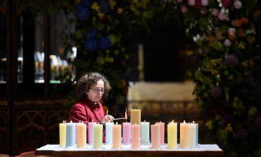 Μάντσεστερ: Ενός λεπτού σιγή για τα θύματα της τρομοκρατικής επίθεσης, έναν χρόνο μετά (pics)
