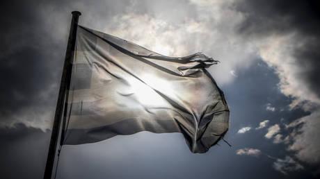 «Βαθιά πολιτική κρίση προκαλεί στην Αθήνα η συμφωνία για πΓΔΜ» γράφει γερμανική εφημερίδα