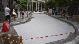 «Μαύρισε» ο πρώτος λευκός δρόμος της Αθήνας! (pics)