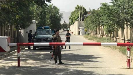 Δεκάδες νεκροί από έκρηξη σε συγκέντρωση στο Αφγανιστάν