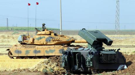 Η Τουρκία βομβάρδισε θέσεις του ΡΚΚ στο βόρειο Ιράκ