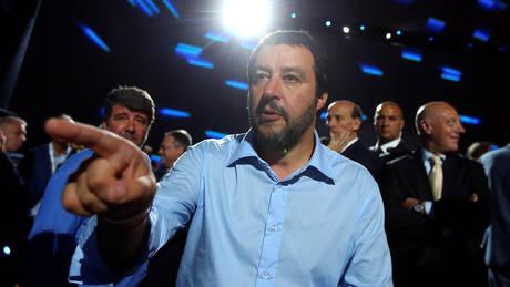Ιταλία: Κλιμακώνει την ένταση για το μεταναστευτικό ο Σαλβίνι