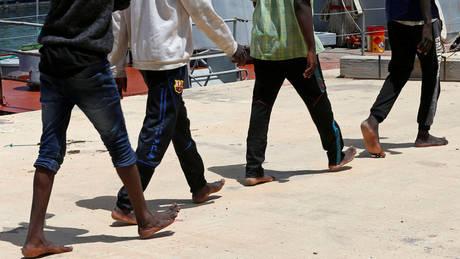 Ναυάγιο στη Μεσόγειο: Τρία βρέφη ανασύρθηκαν νεκρά – 100 άνθρωποι αγνοούνται