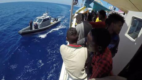 Σε λιμάνι της Μάλτας το πλοίο Lifeline με τους 230 μετανάστες
