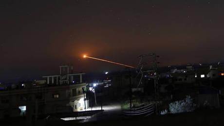 Συρία: Ισραηλινοί πύραυλοι έπληξαν περιοχή κοντά στο διεθνές αεροδρόμιο της Δαμασκού