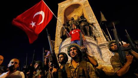 Τουρκία: Έξι πρώην ποδοσφαιριστές κατηγορούνται για συμμετοχή στο αποτυχημένο πραξικόπημα