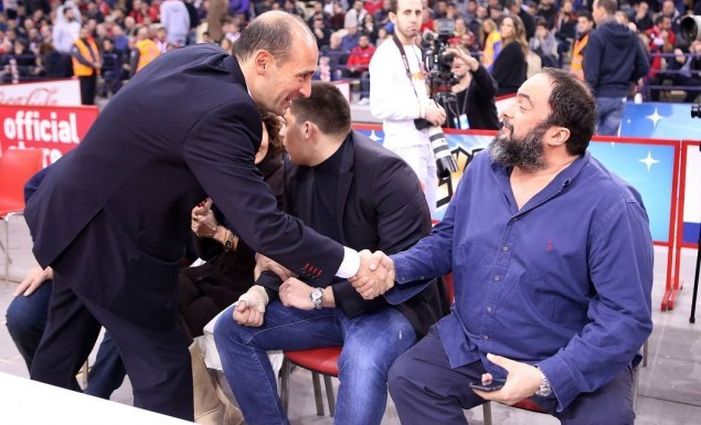 Vangelis Marinakis express his support to Angelopoulos brothers