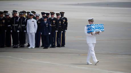 «Ευχαριστώ» του Τραμπ στον Κιμ για την επιστροφή των λειψάνων Αμερικανών πεσόντων (pics)