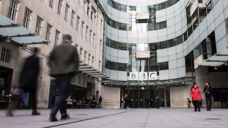 Άνδρες όλοι οι υψηλότερα αμειβόμενοι αστέρες του BBC