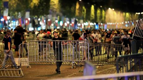 Γαλλία: Ο ενθουσιασμός της πρόκρισης προκάλεσε ποδοπάτημα – Δεκάδες τραυματίες