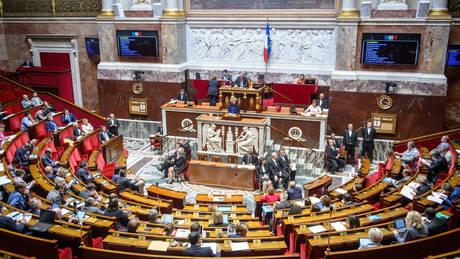 Γιατί η Γαλλία διέγραψε τη λέξη «φυλή» από το σύνταγμα της χώρας