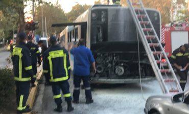 Φωτιά σε λεωφορείο του ΟΑΣΑ στην Κηφισιά. Φωτορεπορτάζ.