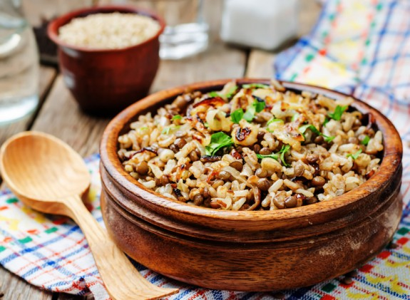 Φουλ της πρωτεΐνης στο τραπέζι (χωρίς όμως κρέας)