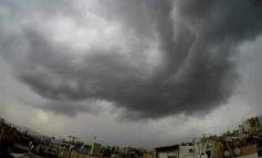 Eντυπωσιακό βίντεο με τις καταιγίδες που έπληξαν την Αττική