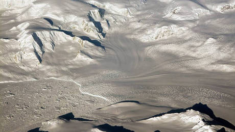 Αναζητώντας τον «εκατοντάδων χρόνων πυρήνα πάγου» στην Ανταρκτική