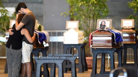 Γένοβα: Ολοκληρώθηκε η επιχείρηση εντοπισμού των αγνοούμενων – 43 οι νεκροί