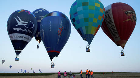 Γιατί ο ουρανός της Αυστρίας γέμισε αερόστατα