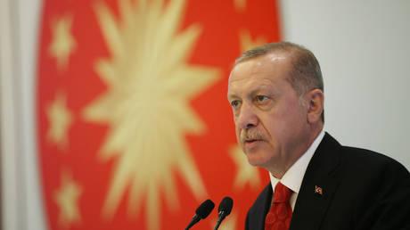 Διεθνή Τύπος: Η υπεροψία του Ερντογάν υπεύθυνη για την αποσταθεροποίηση