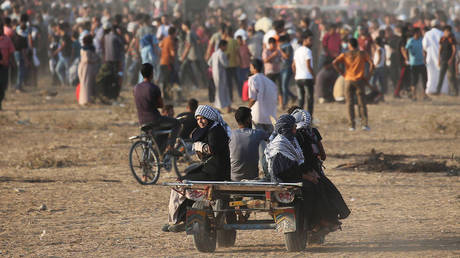 Ζομλότ: Η ακύρωση της οικονομικής βοήθειας στους Παλαιστίνιους στρέφεται «κατά της ειρήνης»