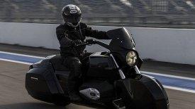 Θωρακισμένα «τέρατα» οι μοτοσικλέτες συνοδείας του Πούτιν (pics & vid)
